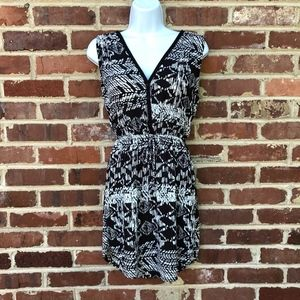 Eight Sixty Nordstrom Dress Size Small Black White
